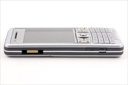 Original Brand Sony Ericsson C510 keyboard Support Mobile Phone GPS Bluetooth 3G 3.2MP